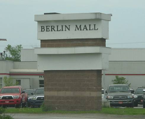 Berlin Mall pylon in Berlin, VT