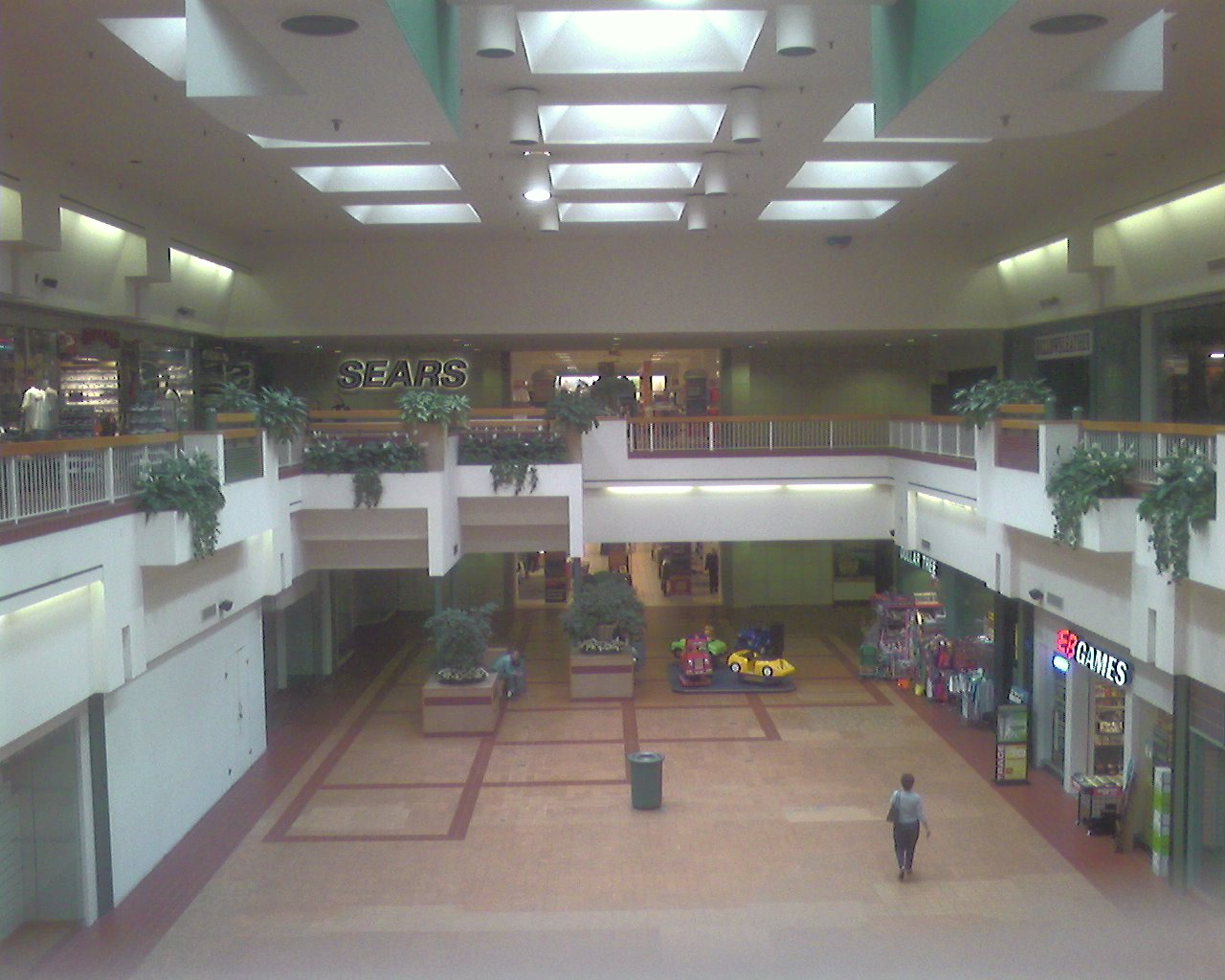 This shot mirrors the historic photo of the Rhode Island Mall in Warwick, RI