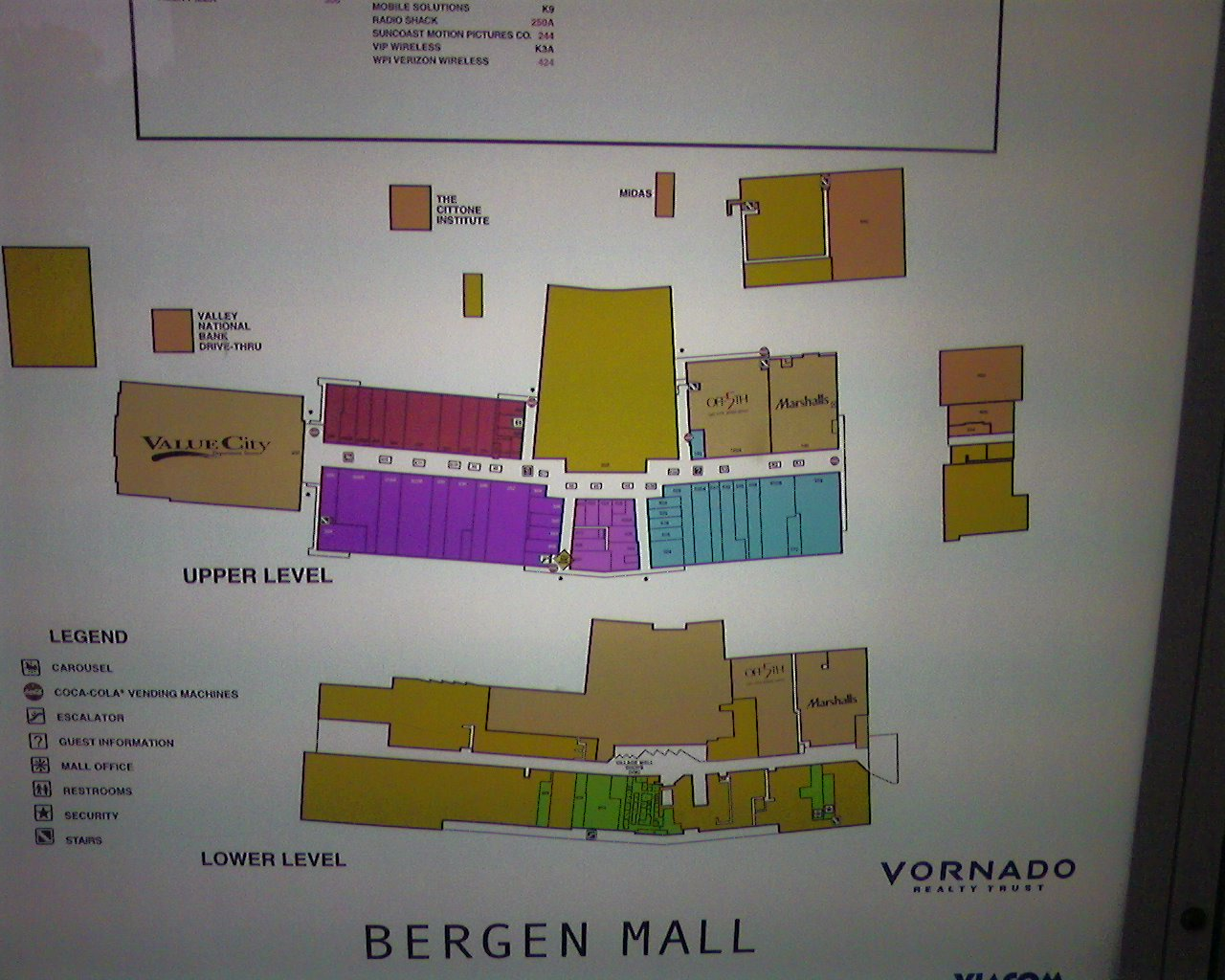 Mall directory of Bergen Mall in Paramus, New Jersey