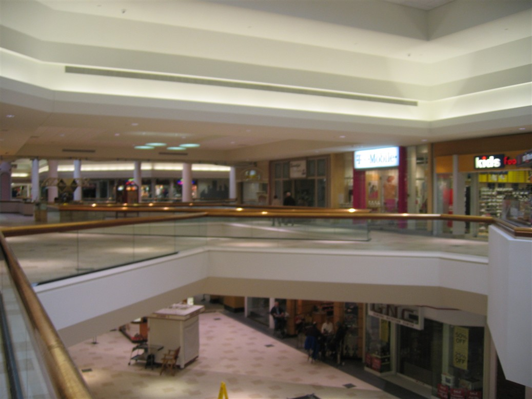 Labelscar The Retail History Blogaurora Mall Aurora