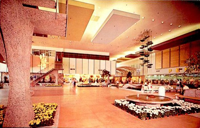 Chris Town Mall in the 1960s