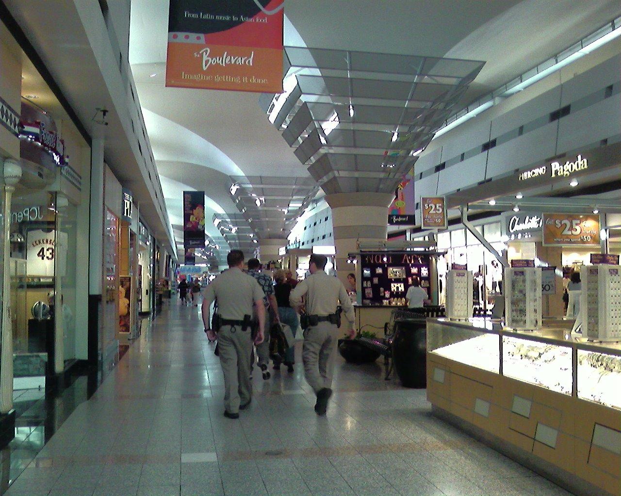Las mall strip vegas