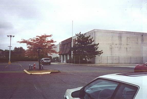 ... Former Caldor at Fairfield Mall in Chicopee, Massachusetts ...