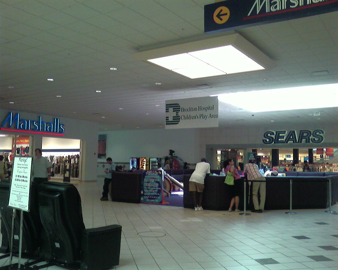 Mall directory for the home to your favorite restaurants, like H&M, Pandora, Hollister, Bath & Body Works, Victoria's Secret, Cheddar's, Bahama Breeze, & More!