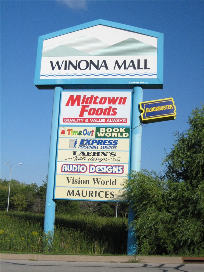 Winona Mall exterior pylon in Winona, MN