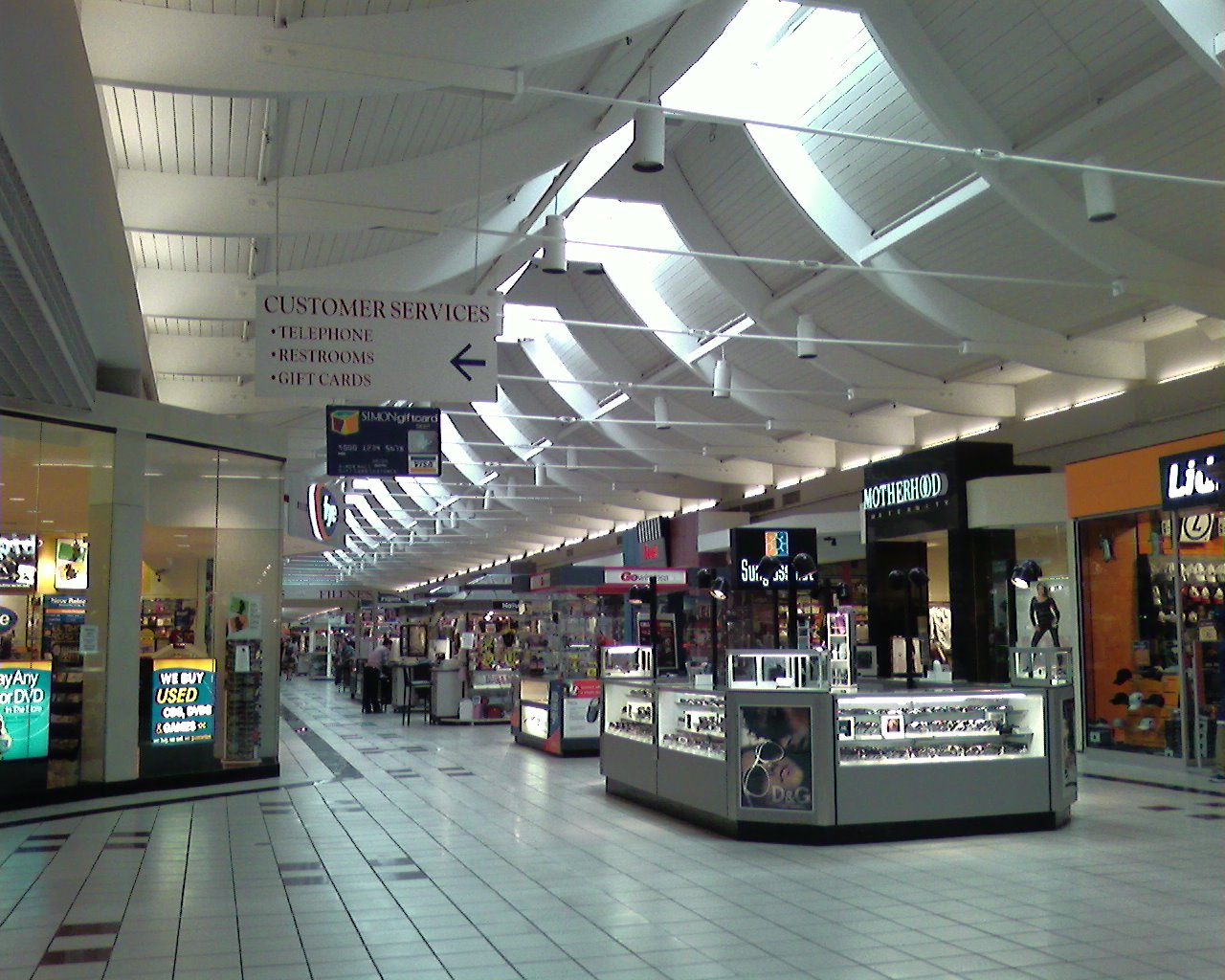 Shopping malls in Massachusetts, USA at learn-islam.gq - directory with stores, retail space for rent and leasing inquiries.