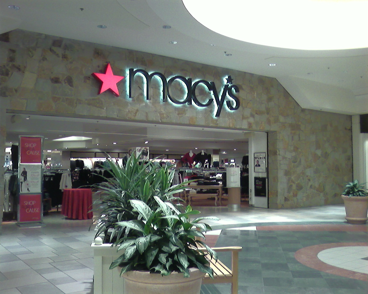 Macy's at Fox Run Mall in Newington, New Hampshire