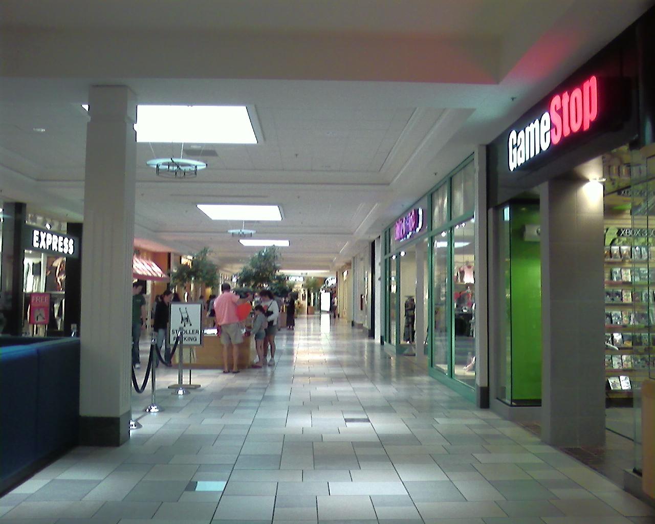 Run Mall; Newington (Portsmouth