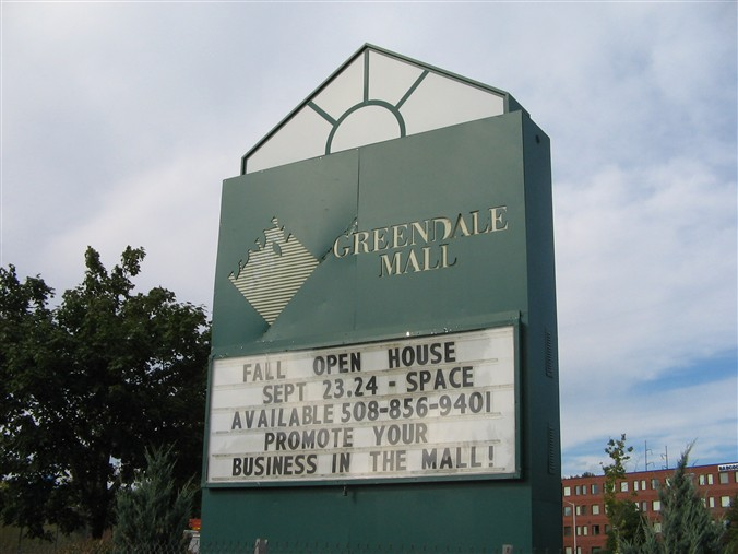 Greendale Mall sign in Worcester, MA
