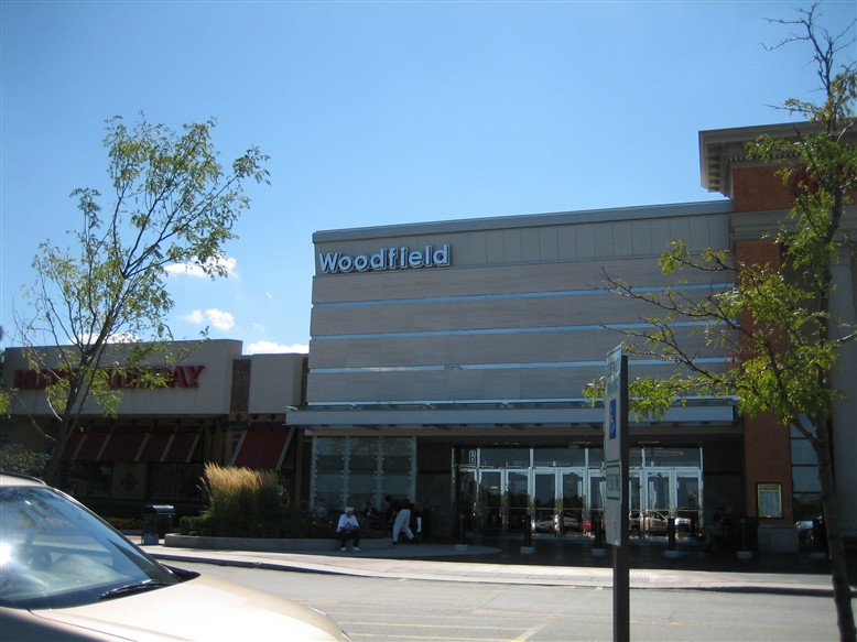Woodfield Mall in Schaumburg, IL
