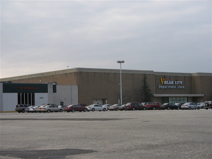 Value City (former Steinbach) at Shore Mall in Egg Harbor Township, New Jersey