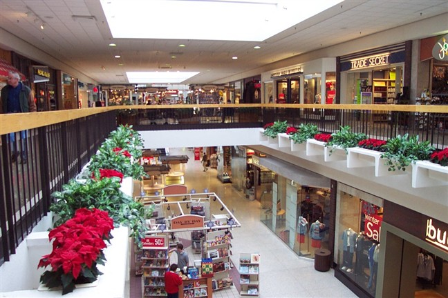 Northwoods Mall is Peoria's premier shopping destination. The town center is home to more than 75 national and local retail, dining and entertainment options, as well as numerous events and activities throughout the year.3/5(10).