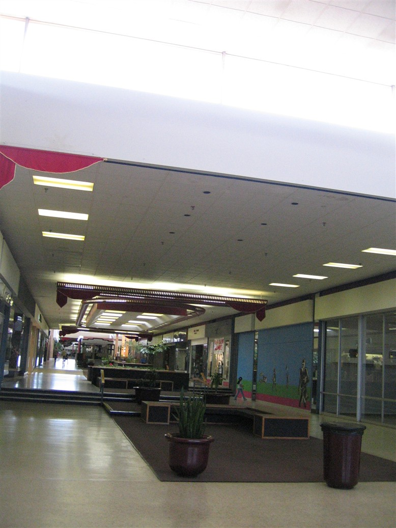 Indian Springs Mall in Kansas City, KS