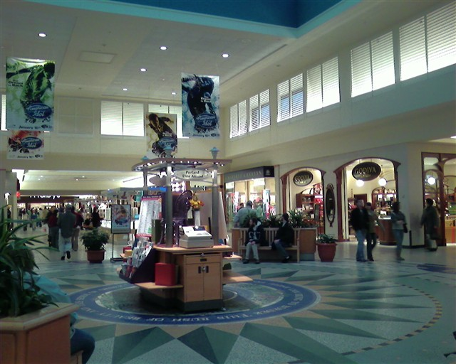 The Maine Mall is located in South Portland, Maine and offers stores - Scroll down for The Maine Mall shopping information: store list (directory), locations, mall hours, contact and address.4/4(2).