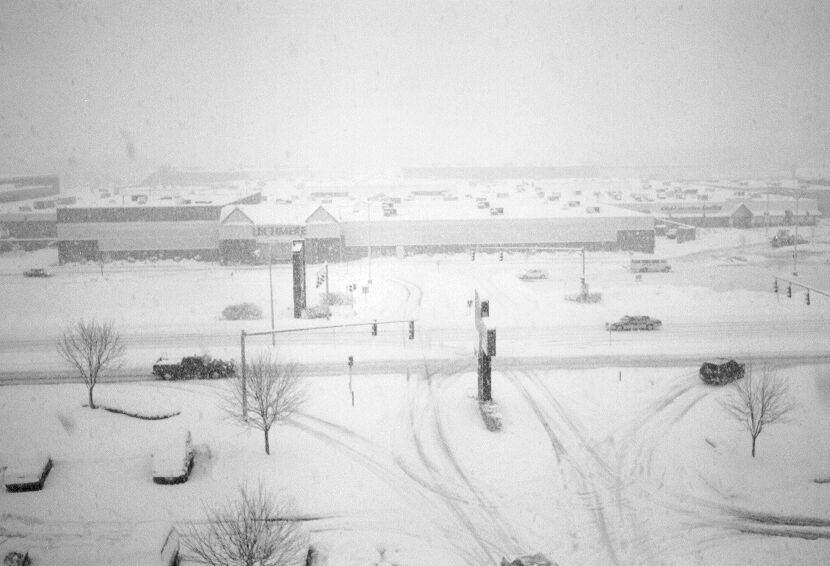 Maine Mall vintage winter photo (with Lechmere)