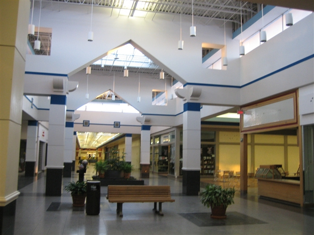Muscatine Mall in Muscatine, IA