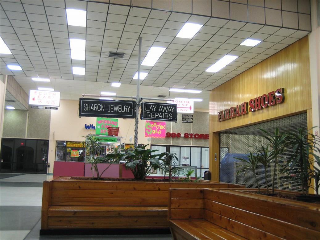 9e652c205760 Labelscar  The Retail History BlogLauderhill Mall  Lauderhill ...