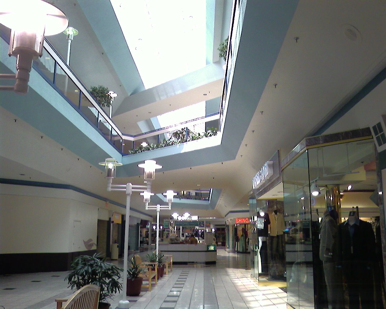Laurel Mall; Laurel, Maryland : Labelscar