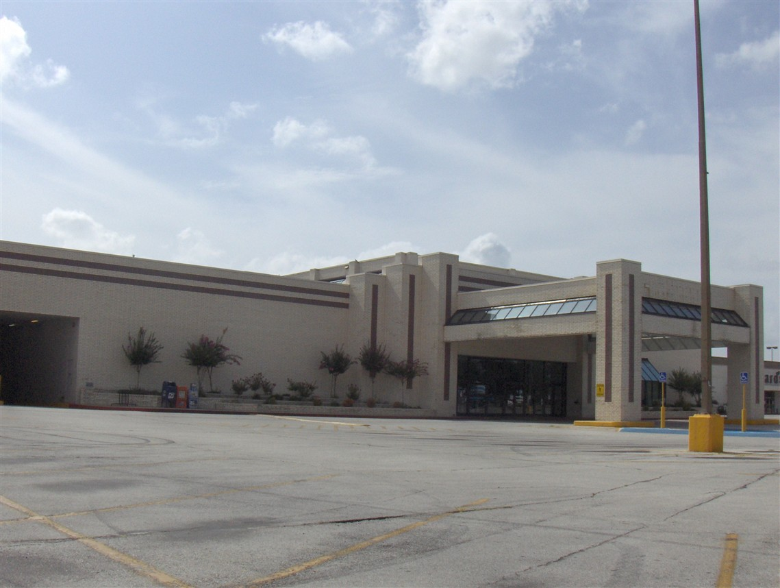 Indian Mall in Jonesboro, AR