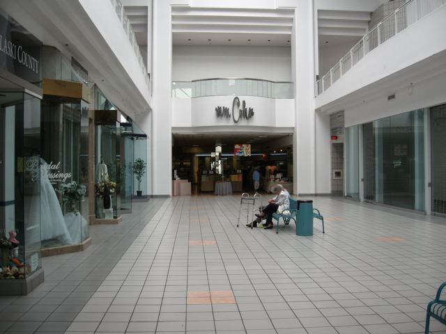 MM Cohn at University Mall in Little Rock, Arkansas