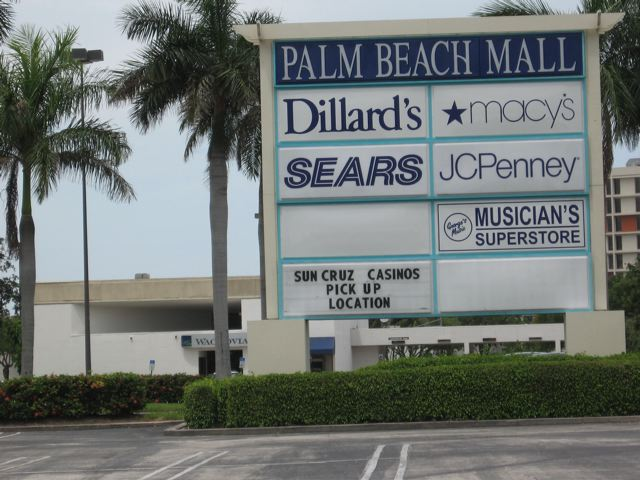 Palm Beach Mall in West Palm Beach, FL, 2007 (photo by Michael Lisicky)