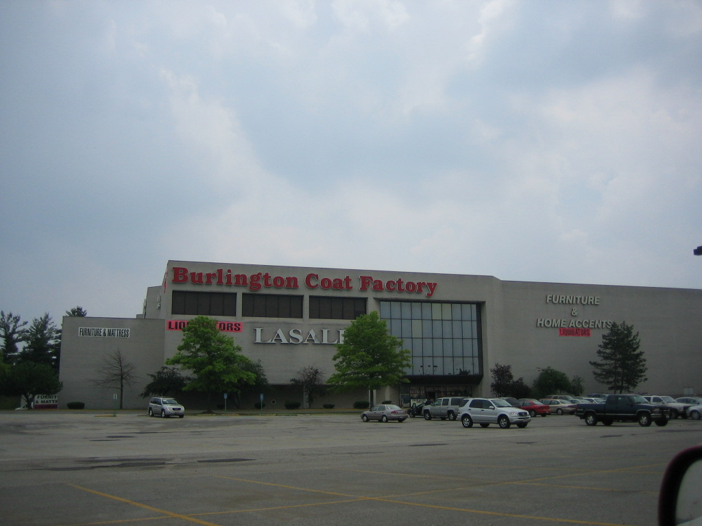 ... OH Randall Park Mall In North Randall, OH
