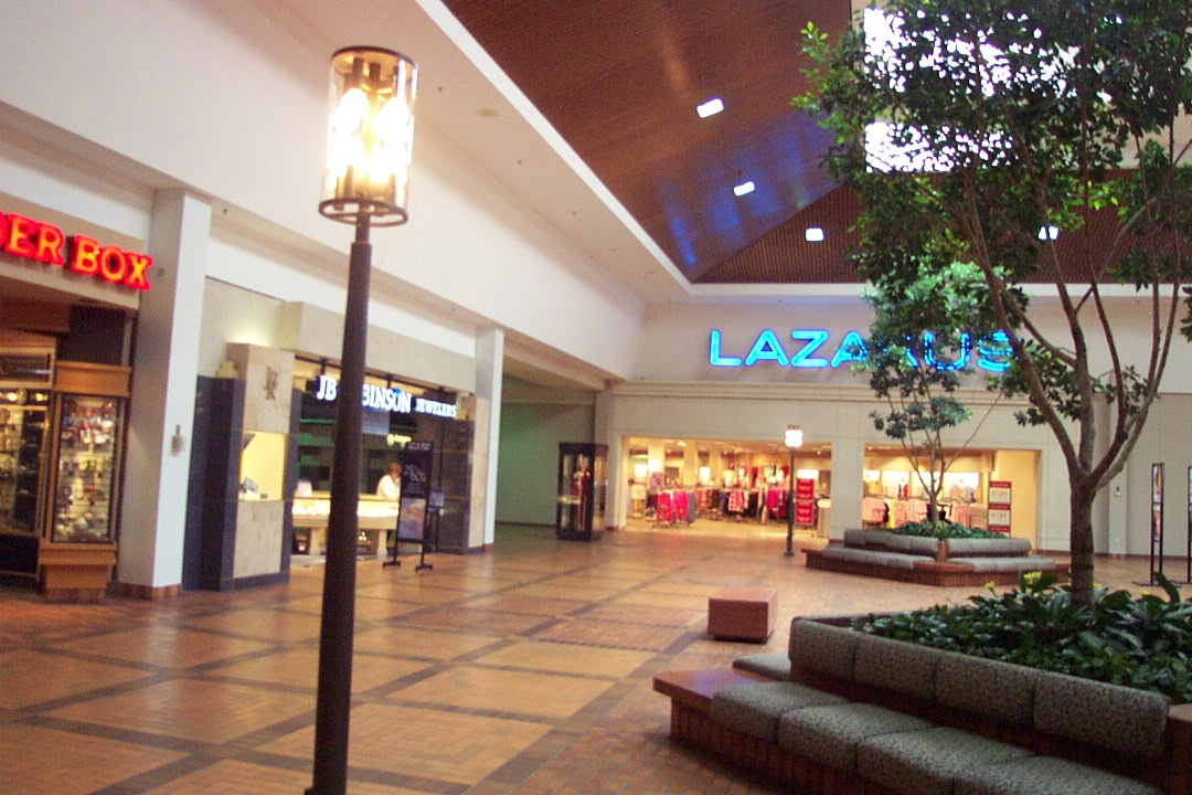 Westland Mall Lazarus in Columbus, OH