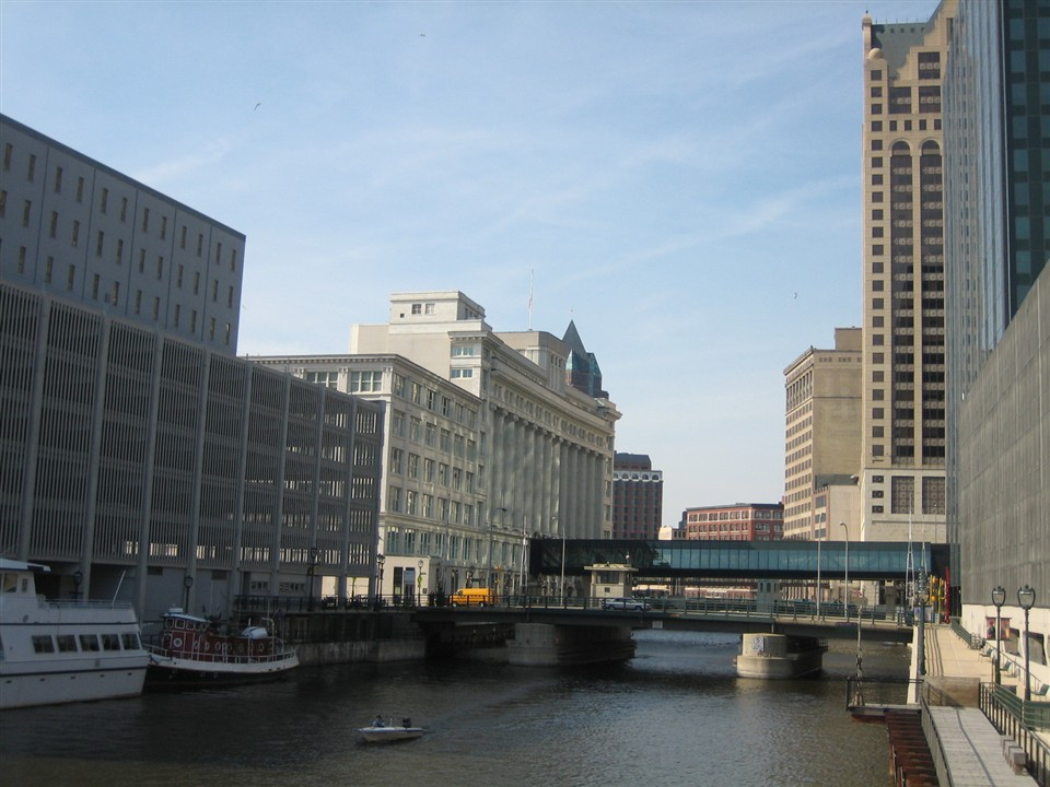 Milwaukee River in Milwaukee, WI