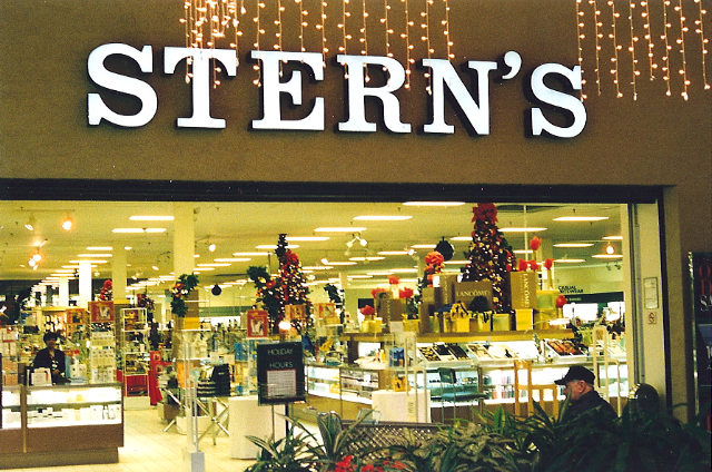 Stern's, Middlesex Mall, South Plainfield, New Jersey, 2000