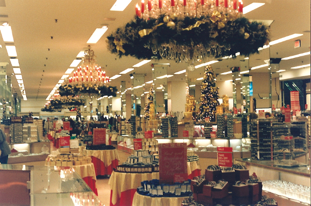 The Bon-Ton/Hess's, Allentown, PA, 1995
