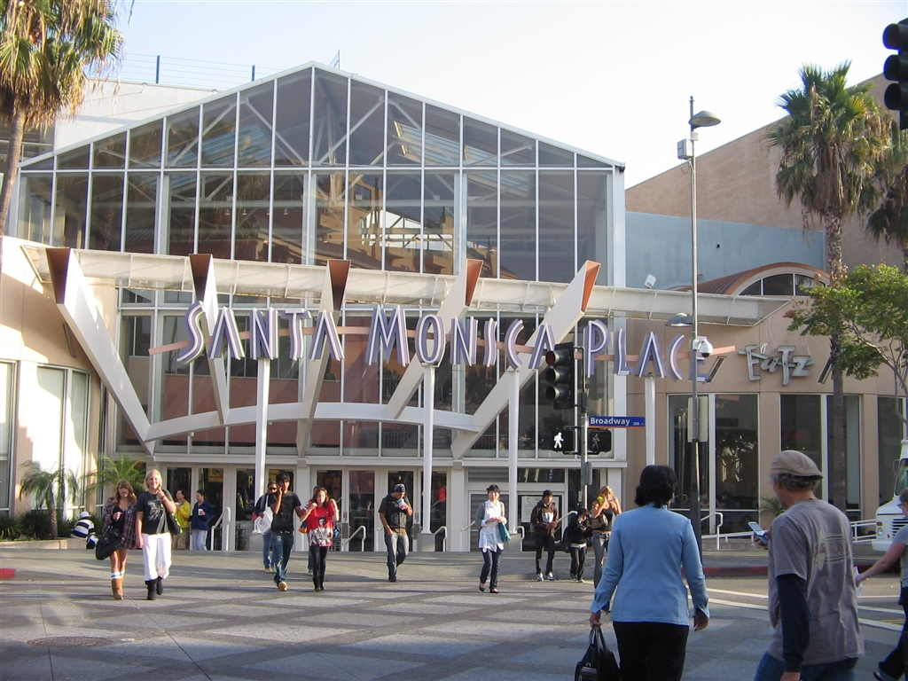 Santa Monica Place in Santa Monica, California, November 2007