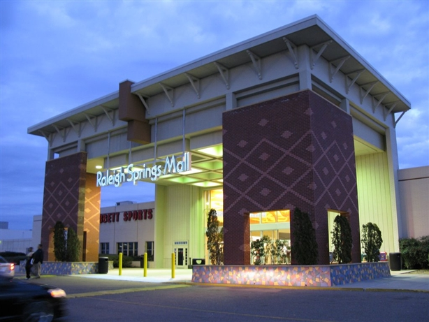 Raleigh Springs Mall in Memphis, Tennessee