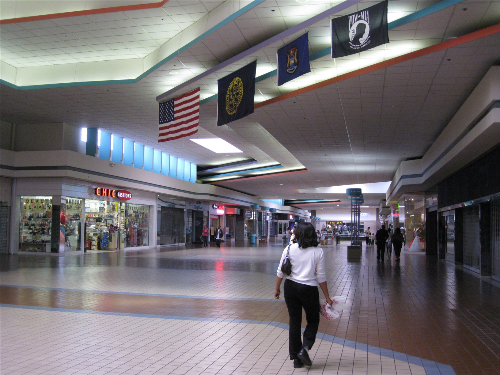 Universal Mall in Warren, MI