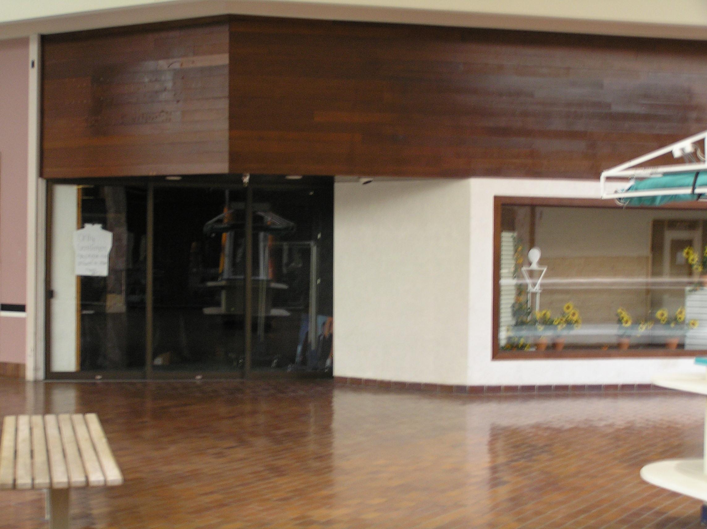17-wooden-facade.JPG