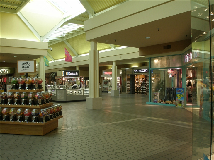 North Shore Square in Slidell, LA