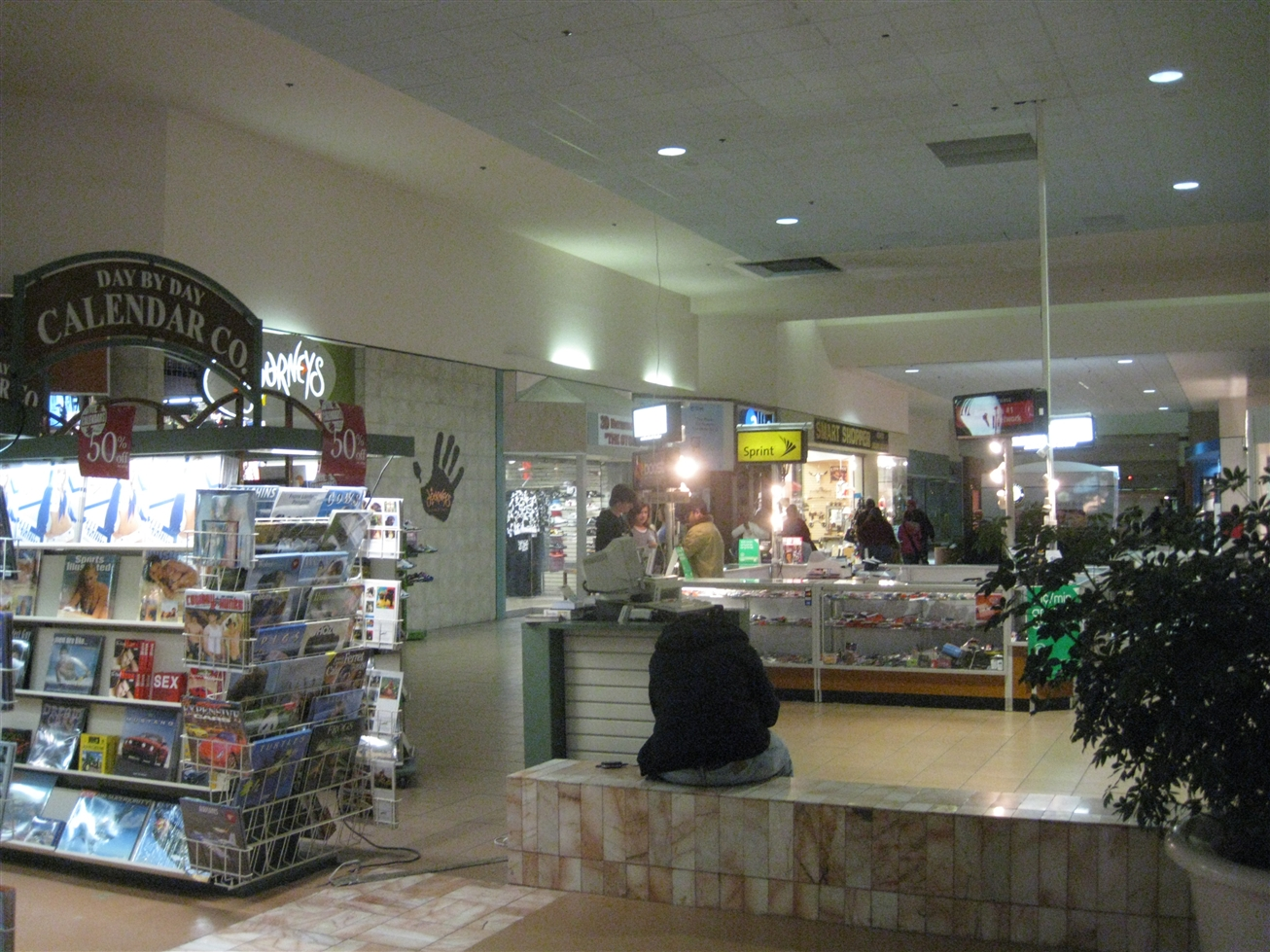 Midway Mall in Sherman, TX