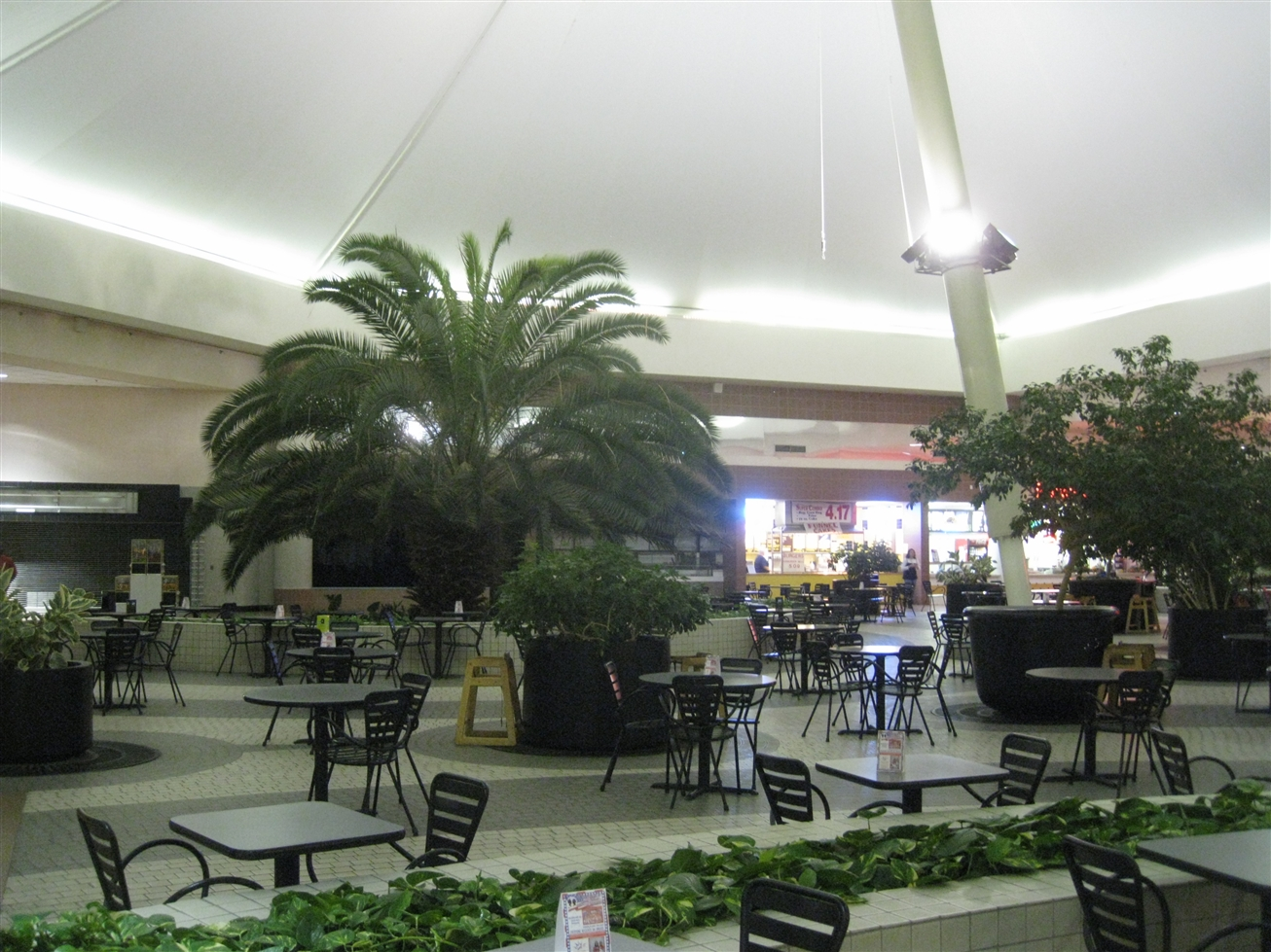 Midway Mall food court in Sherman, TX