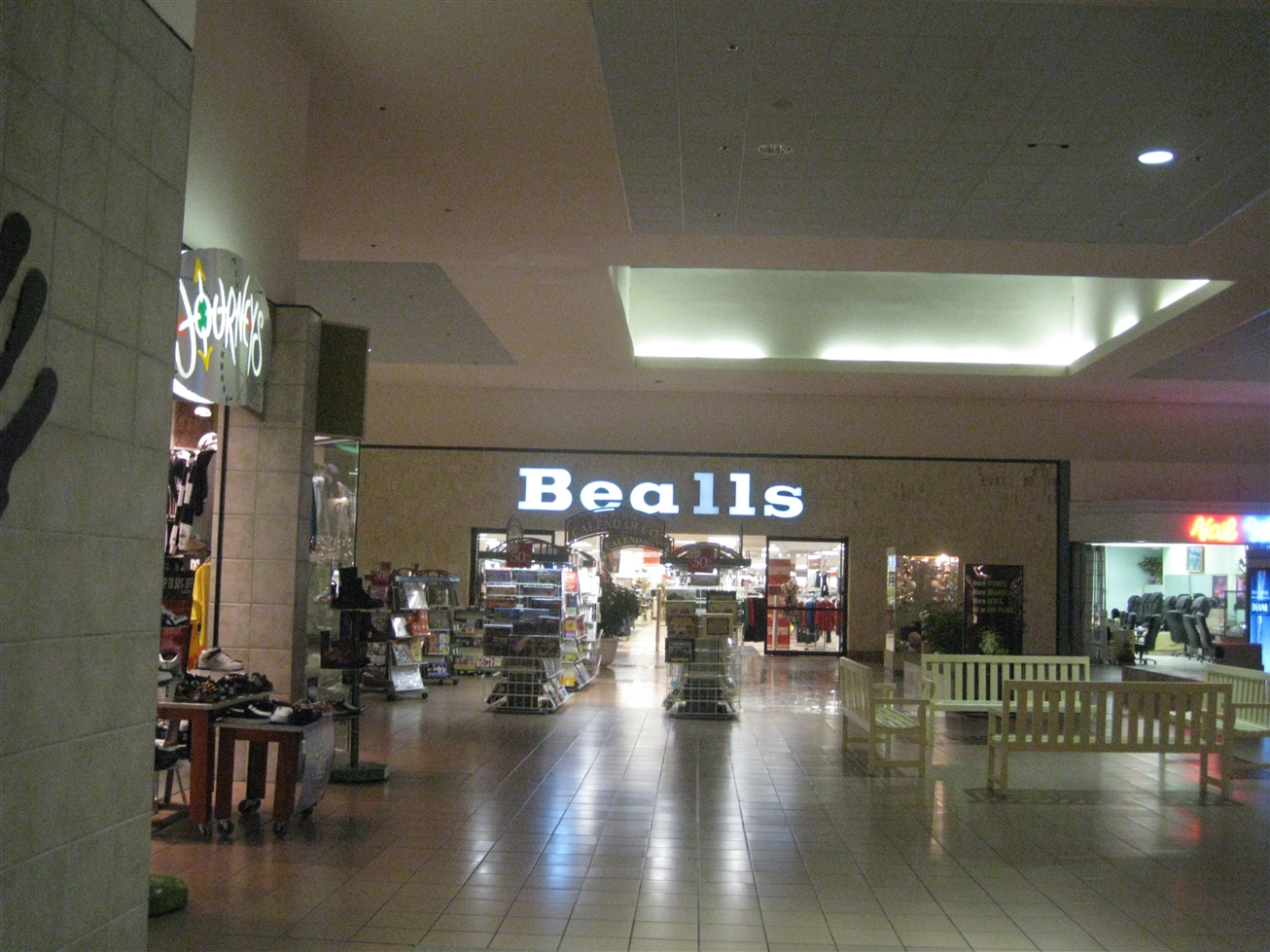 Midway Mall Bealls in Sherman, TX