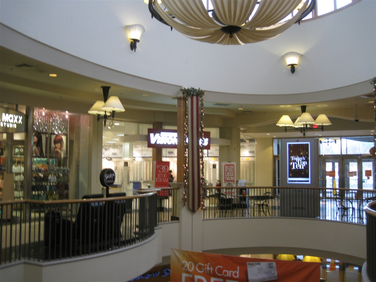 Aug 27, · The Perimeter Mall is in my opinion the best mall in the area for your average mall stores, including Dillard's, Macy's, Disney Store, etc. It is not of the same caliber, as say the Lenox Square Mall which is much more upscale, but the perimeter /5().