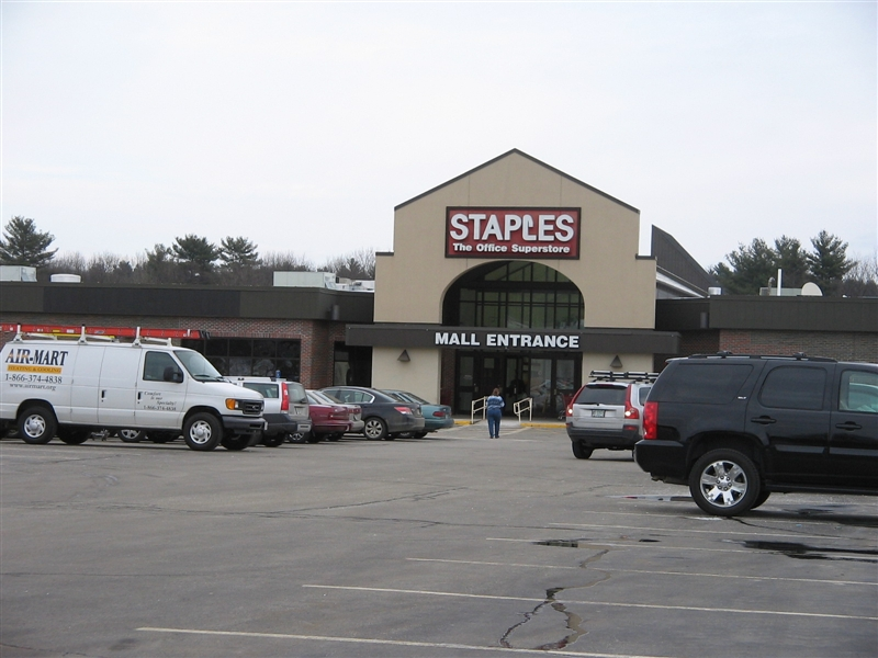 Bedford Mall; Bedford, New Hampshire | Labelscar