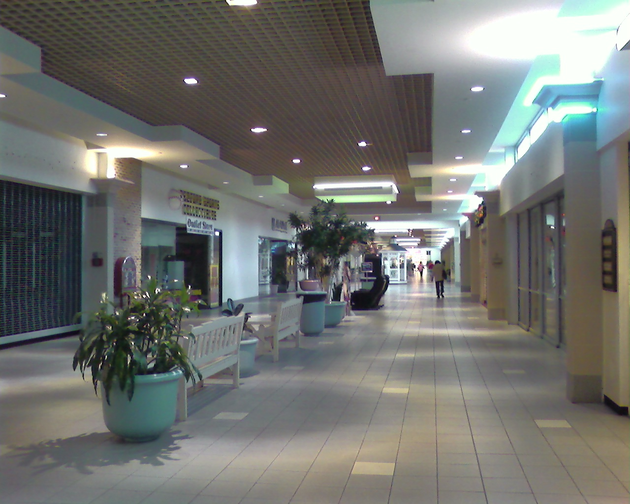 Bedford Mall