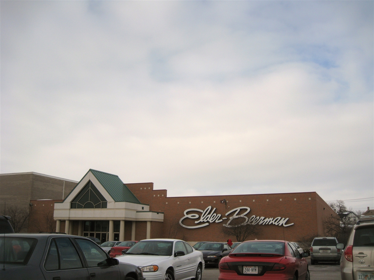 Beloit Mall (Eclipse Center) Elder Beerman in Beloit, WI