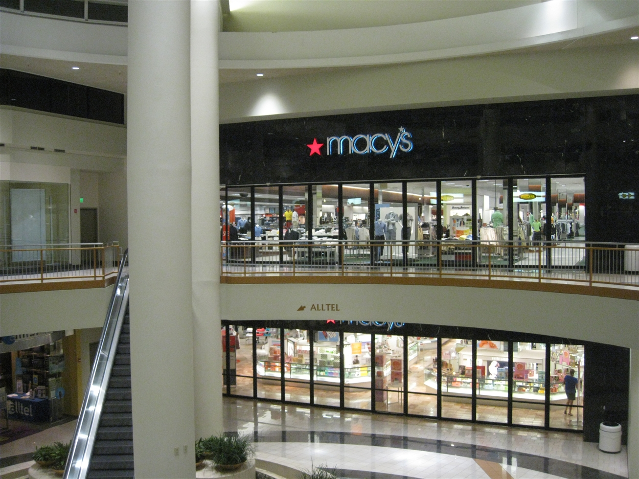 Shoe Stores In Arrowhead Mall Az