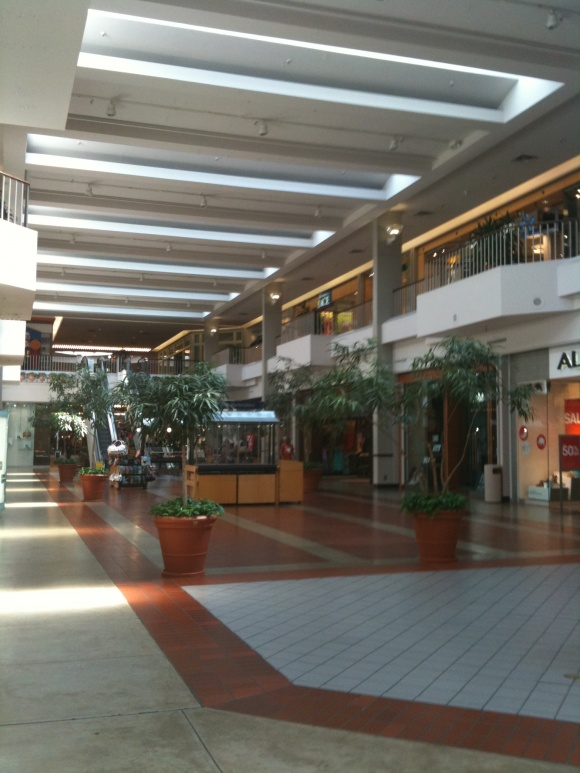 Highland-Mall-09