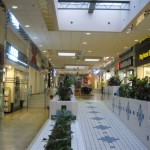 holiday-village-mall-22