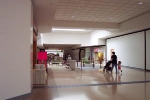 college-hills-mall-05