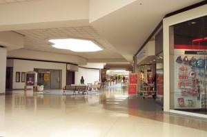 college-hills-mall-09