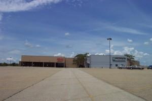 college-hills-mall-14