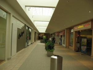 hilldale-mall-49