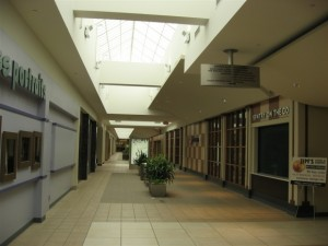 hilldale-mall-53